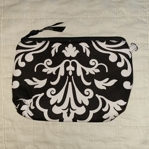 NWOT Thirty One Cosmetic Bag